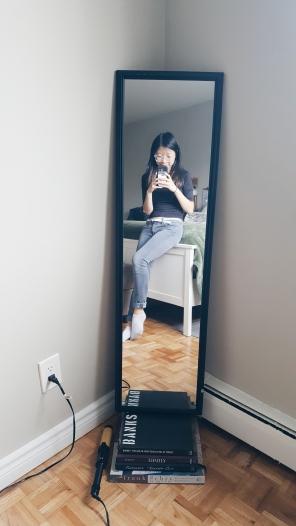 Gratuitous mirror selfie.